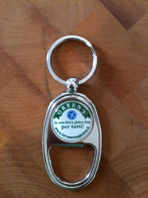 APRI-BOTTIGLIA e portachiave con il logo Green's